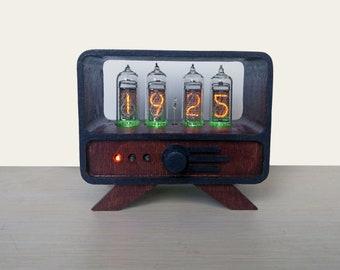 IN-14 Nixie Tube Clock in mahogany wooden case