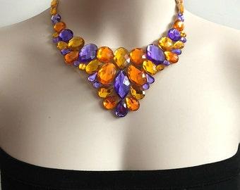 violet clair topaze et oragne couleur strass tulle collier plastron