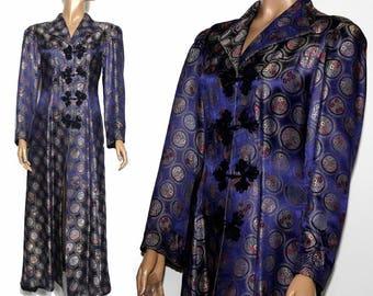 Vintage Dressing Gown// 1940s Dressing Gown// 40s Dressing Gown// Sharkskin Fabric// Purple// Silk// 40s Robe// Vintage Oriental Robe