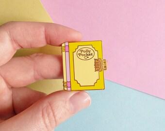 YELLOW TALE BOOK - Polly Pocket hard enamel pin