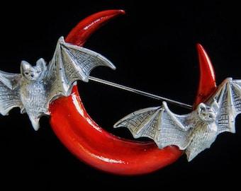 JJ Jonette Halloween Half Moon With Two Flying Bats Brooch Pin