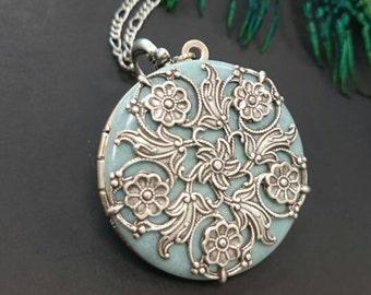 Floral Antique silver tone Vintage Locket Necklace pastel light blue Filigree Locket something blue - Vintage Ornate Locket.
