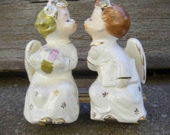 Vintage Japan Kissing Angels on Bench Commodore 1950s Retro Figurines