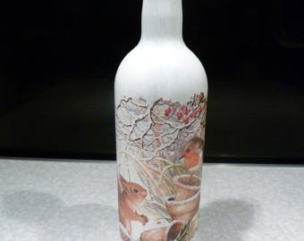 Squirrel & Robin Garden scene, Upcycled decoupage bottle, cork led lights which can be reomved. Wedding/Birthday/Christmas