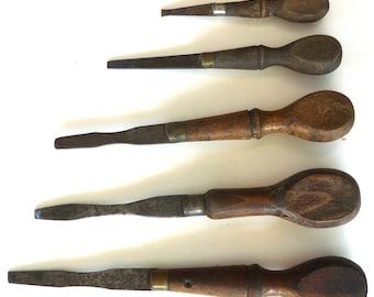 5 flathead antiaque screwdrivers tool vintage gun woodworker carpentry cabinet maker primitive wood brass steel collectible