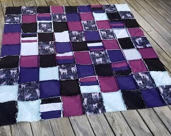 Cozy wolf patchwork throw
