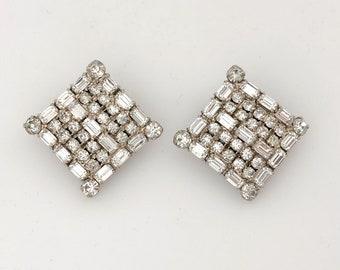 Vintage Jewelry Clip On Earrings for Women, Statement Jewelry Rhinestone Earrings, Vintage Rhinestone Jewelry, Wedding Jewelry Clear