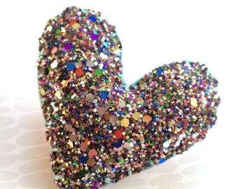 FIVER FRIDAY Heart brooch- chunky glitter heart, multicoloured heart, heart badge, Mother's Day gift, valentines, alternative easter