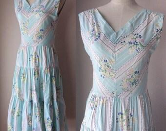 Vintage 1960s Sky Blue Horn of Spring Novelty Print Dress