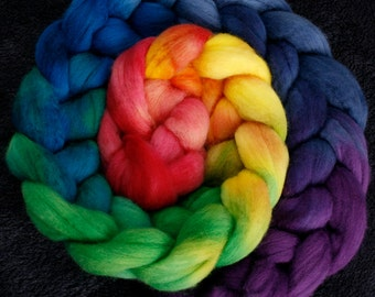 Hand dyed Merino wool for felting and spinning - 100gr - graduate dyed - Rainbow