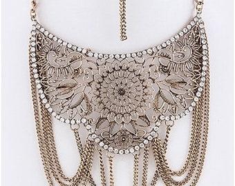 Floral Drape Chain Accent Necklace