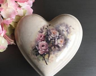 Vintage Heart Powder Box VB Athena Made In USA ~ #R2326