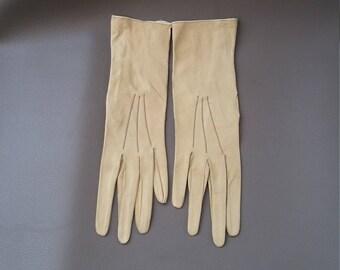 Reynier Kid Gloves,Chamois Gloves, Washable Kid Gloves, Dress Gloves, Cream Gloves, vintage kid gloves, Antique gloves