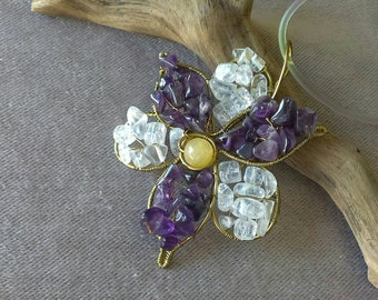 Wirewrapped flower pendant with amethyst, clear rock crystal and yellow calcite