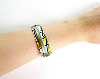 """Paper Bracelet -""""Janis"""" / handmade with recycled material / (1,7 x 18 cm) / Shipping to worldwide."""