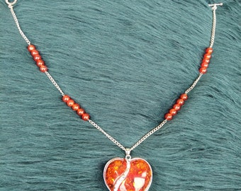 Amber chain heart pendant necklace
