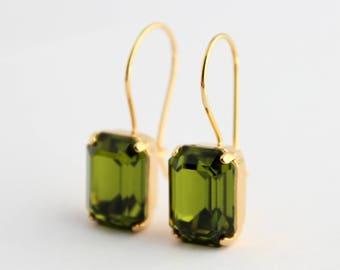 Olivine earrings, Green Swarovski earrings, dangle earrings, Olive earrings, Olivine Swarovski earrings, olive wedding, octagon earrings,