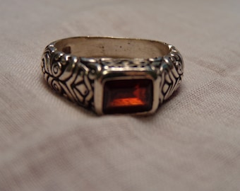 Bali Style Sterling Silver and Garnet Ring size 8 1/2
