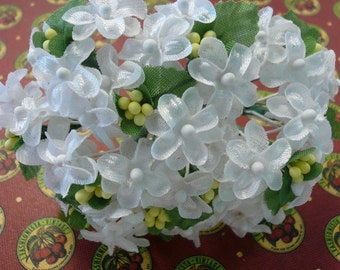 Vintage Silky and Linen White Flowers NOS