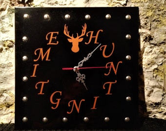 HUNTING TIME Clock