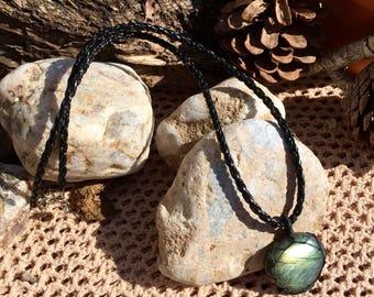 Labradorite - Necklace - Grade AA - Handmade - Macrame - Jewellery - Healing - Stone