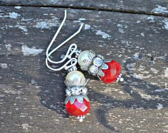 Boucles d'oreilles cerise rouge Boucles d'oreilles verre et fausses perles et strass