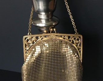 WHITING and DAVIS Gold Mesh Evening Bag 1940s Made in the USA
