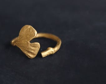 Solid gold ring-Gold nature ring-Ginkgo leaf ring -14K Promise ring-Organic jewelry -Gold twig ring -Engagement ring -Gift for her