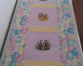 Easter table runner/ wall hanging/Easter eggs /