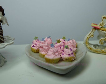 Pink Meringue in a china dish (heart shape)  for dollhouse - 1/12th scale - Christmas