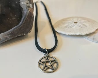 Silver Pentagram Suede Choker