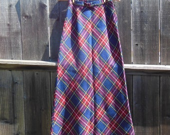 70s vintage plaid maxi skirt / Tartan high waisted long skirt / boho hippie preppy chic / western cottage cute hipster schoolgirl / S M 9 10