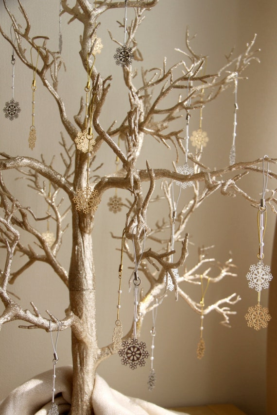 Winter Wedding Wish Tree with Snowflake Favors Wedding