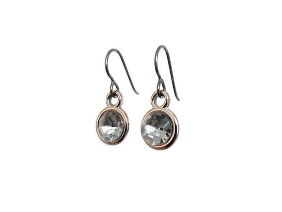 Light rose golden faceted clear rhinestone dangle earrings - Hypoallergenic pure titanium and acrylic