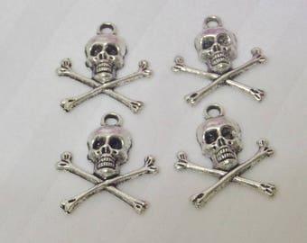 4 charms Nilon on bone silver metal