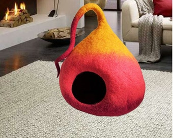 Handmade felt Cat bed cave, Pet house, Modern pet furniture, Natural wool pet house, Puppy bed, Igloo, Nap cocoon, Pet stuff, READY TO SHIP