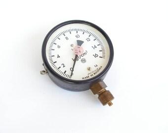 Vintage Bulgaria Gauge Old Manometer Professional pressure measuring instrument Gauge air Working pressure gauge Measures device