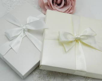 Pearl Invitation Boxes with or without ribbon 80 shades to choose from