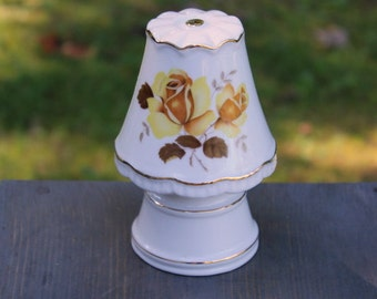Night Lamp Made in Japan PORCELAIN Yellow Roses I .W. RICE & CO