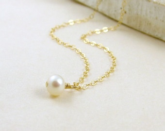 Dainty Pearl Necklace Gold Filled - Simple Pearl Necklace, Minimal,Modern, Everyday Jewelry, Bridal Jewelry, Bridesmaid Necklace
