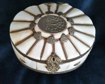 Vntage Trinket Box, Vintage Carved Box