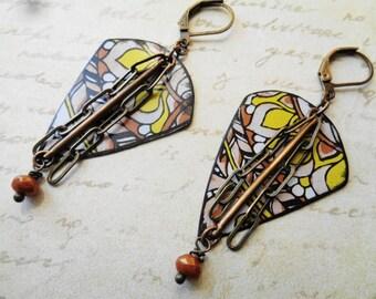 MIA-Vintage style tin earrings