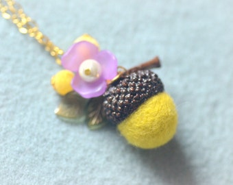 Needle felted acorn necklace, woodland theme acorn and flower necklace, olive color, whimsical jewelry, gift under 15