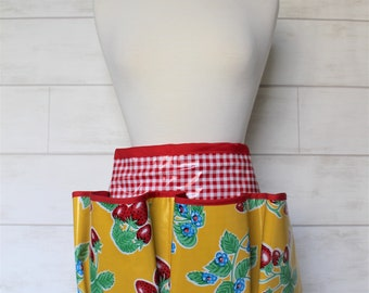 Waterproof Garden Utility Tool Apron Half Apron in Yellow Strawberry and Gingham