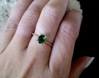 SALE!Prong Oval Emerald Ring, Thin Stackable Ring, Gemstone Ring,Stacking Ring,Green Ring, Bridal Ring,Gold Ring