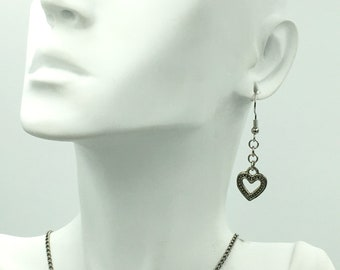 Heart Dangle Earrings, Gift for  Mom, Dangle Earrings, Hearts Earrings, Mother's Day Gift, Girlfriend Gift