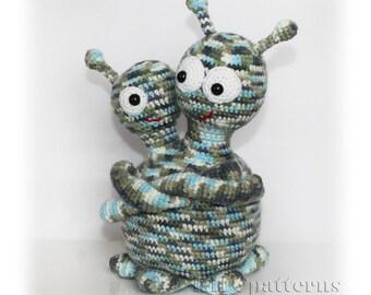 Mr and Mrs Alien Crochet PDF Pattern, Alien Amigurumi Pattern