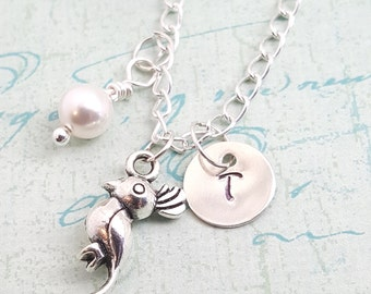 Bird Necklace • Parrot Necklace • Personalized  Jewelry •  Friend Gift •  Sister Gift •  Daugher Gift •  Bird Lover