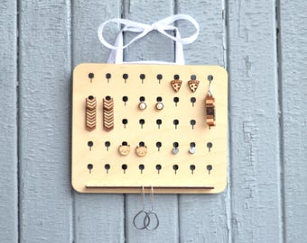 Wood earrings organizer. Stud organizer to hang on the wall. Wood jewelry holder. Wall earrings display, small apartment decor, home storage