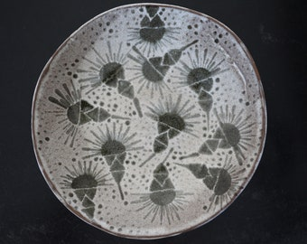 Large ceramic plate, serving plate, fruit plate, abstract patterns, black earth, ceramics, handmade